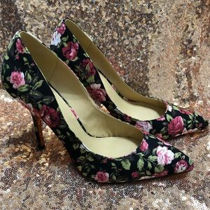 NEW Joe Fresh High Heel Pump - Gorgeous Rose Print